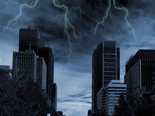 ビルに雷の写真