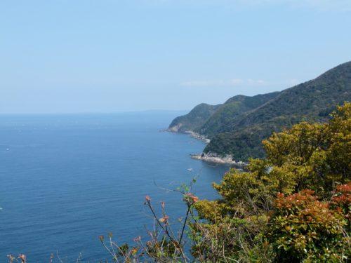 本州最西の端毘沙ノ鼻と海の景色