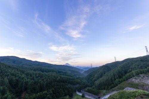 上日川ダム展望広場からの展望
