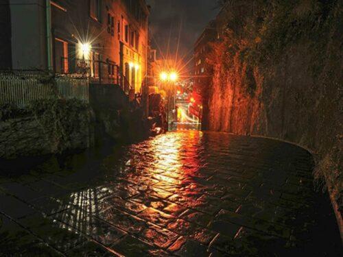 雨の似合う街!長崎オランダ坂