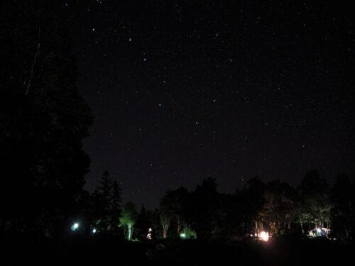 キャンプ場の星