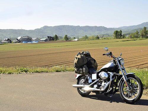 ニセコ田園風景とオートバイ