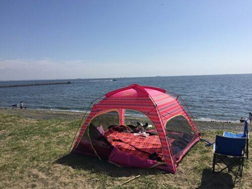 海とテント