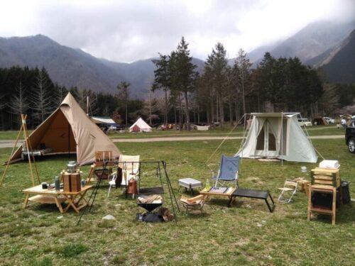 冬キャンプのワンポールテント