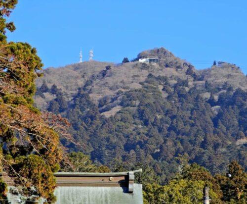 筑波神社から見た筑波山